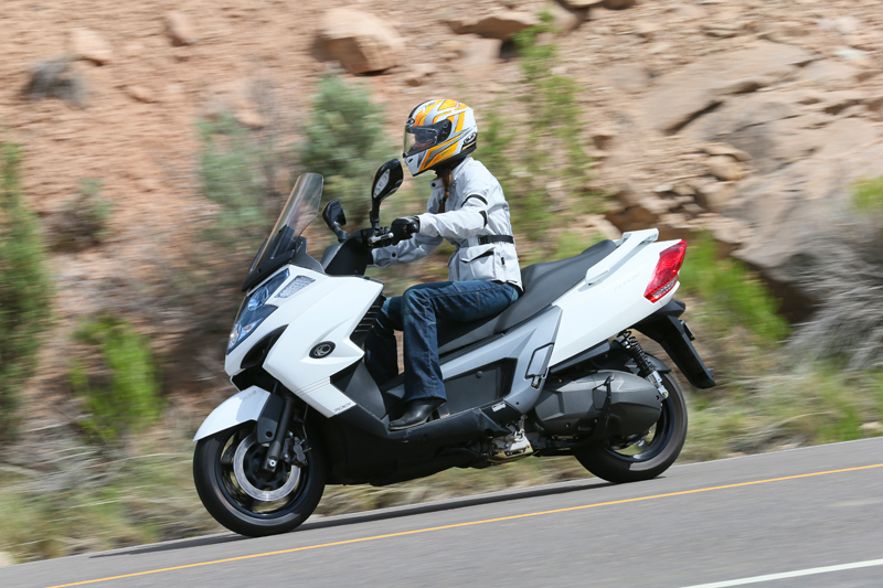 7 rules to live by on your motorcycle kymco myroad 700