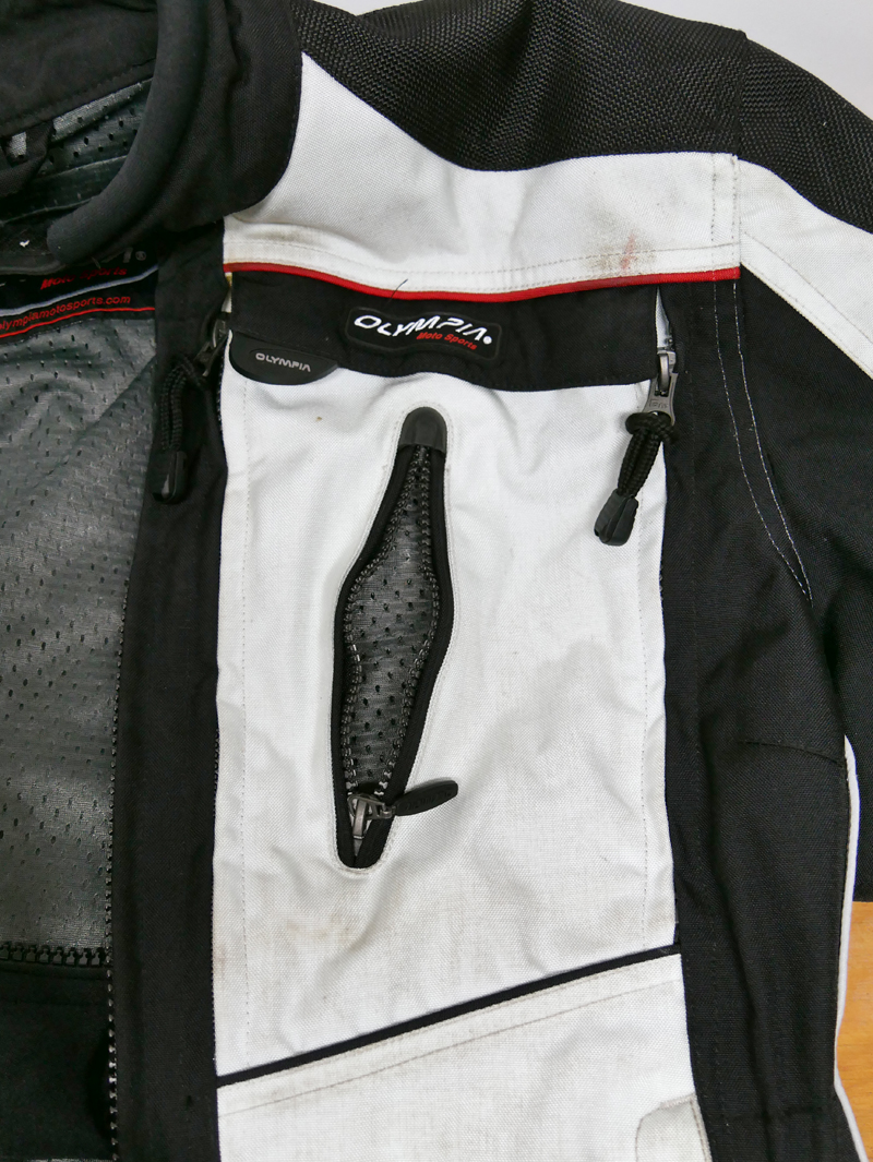 affordable techncial 4 season motorcycle riding suit breast vent