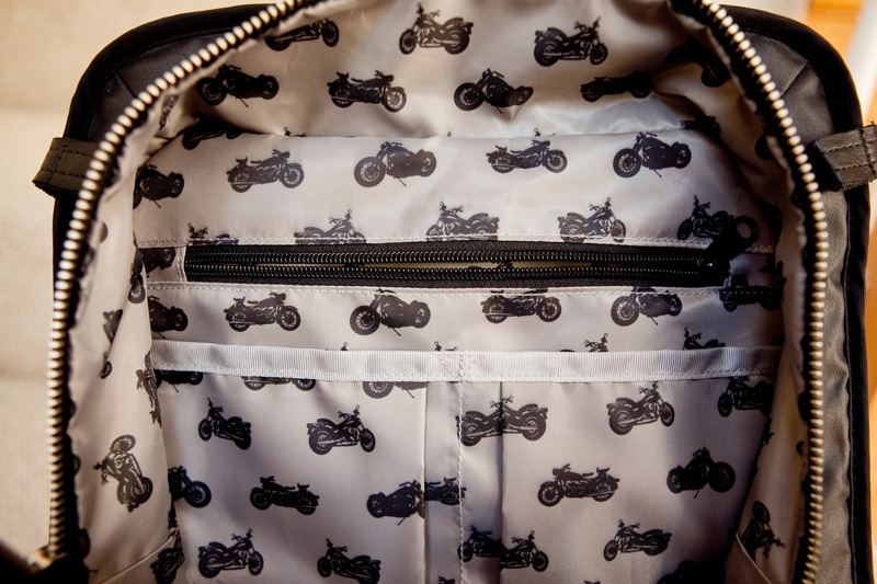 review lauren bag by motochic lining