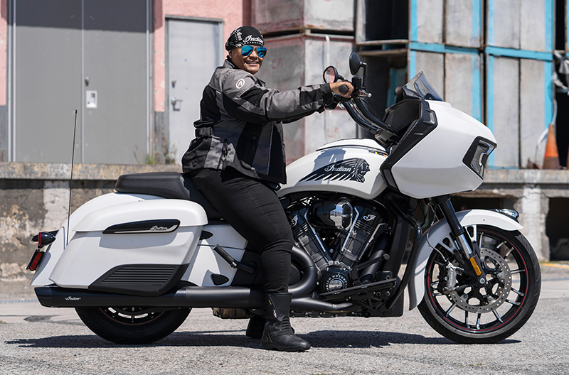 review 2020 indian motorcycle challenger porsche taylor seat height