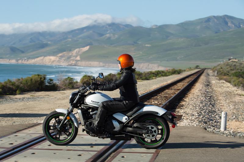 motorcycle review 2015 kawasaki vulcan s mid reach riding