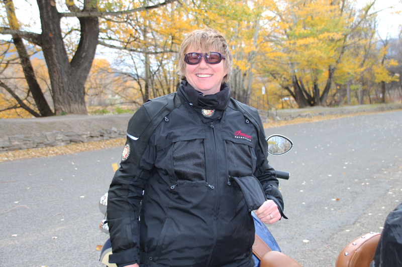Review: Simple Waterproof Motorcycle Touring Pants Jacket Rider Vents