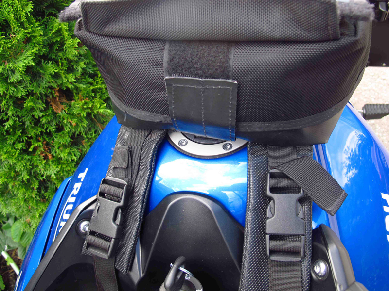 review wolfman expedition tank bag velcro