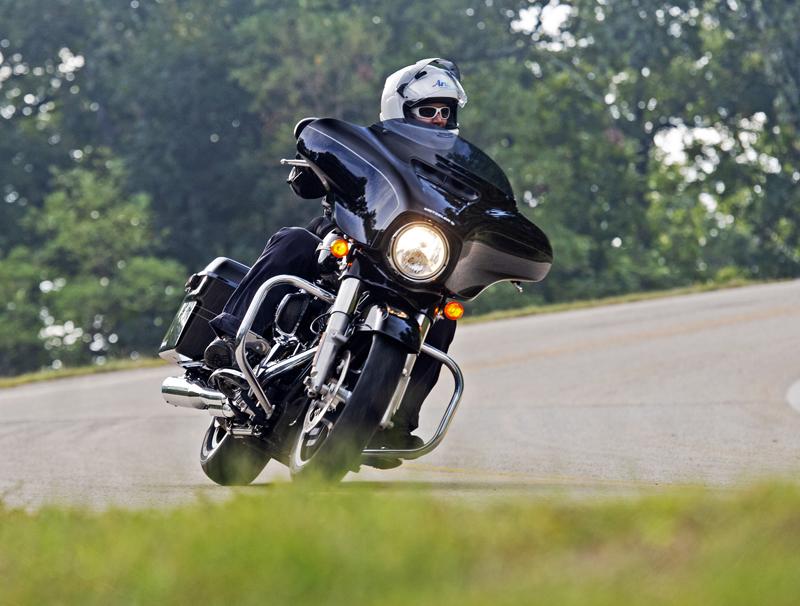 New Tire Review: Metzeler Cruisetec Street Glide
