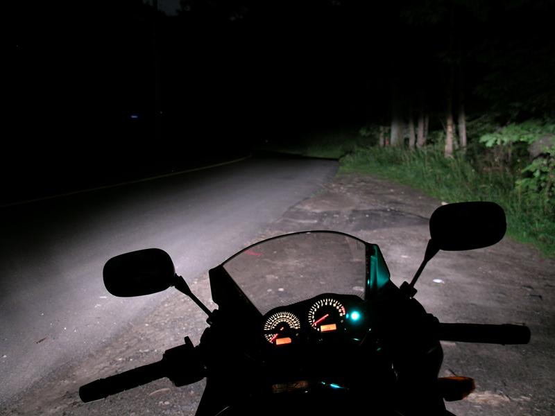 10 lane positioning tips motorcycle night riding