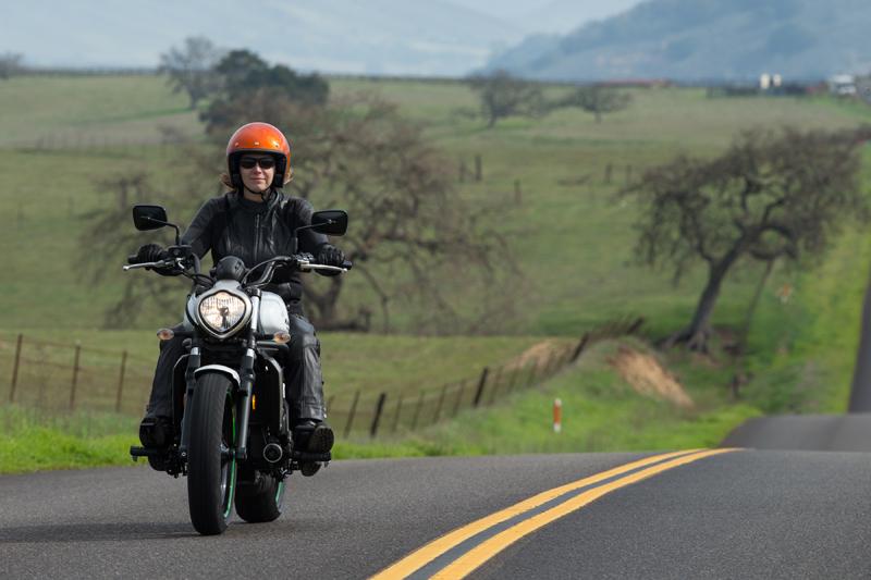 motorcycle review 2015 kawasaki vulcan s riding