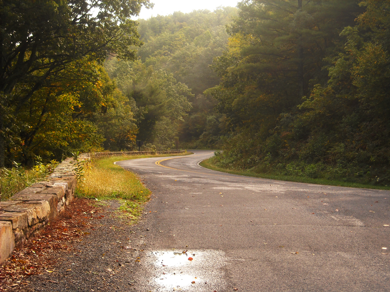 4 bucket list motorcycle rides in the east blue ridge parkway road