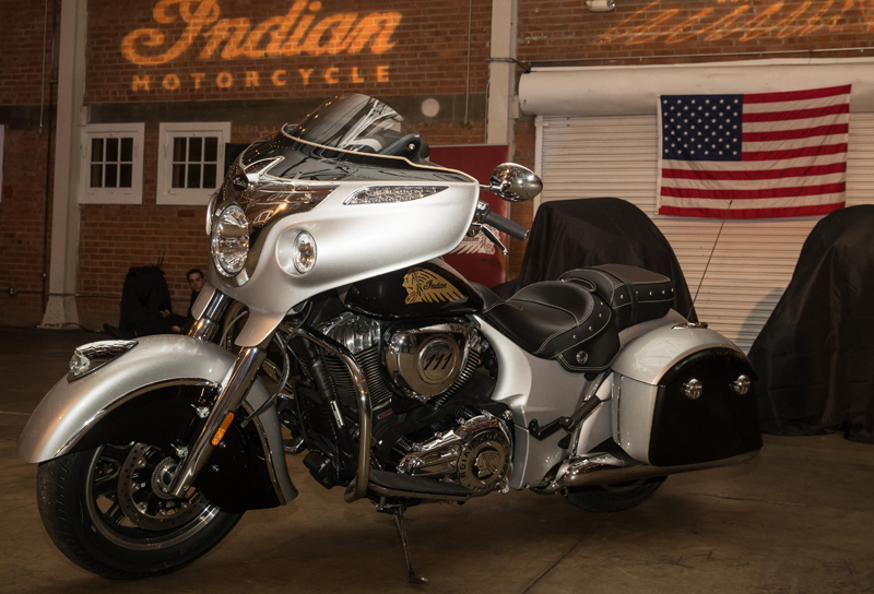 review 2017 indian motorcycle chieftain