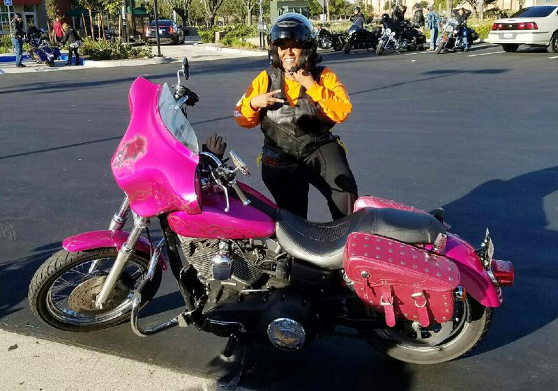 pink motorcycles road queens street bob
