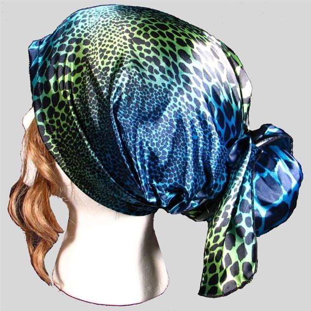 diva do helmet liner blue