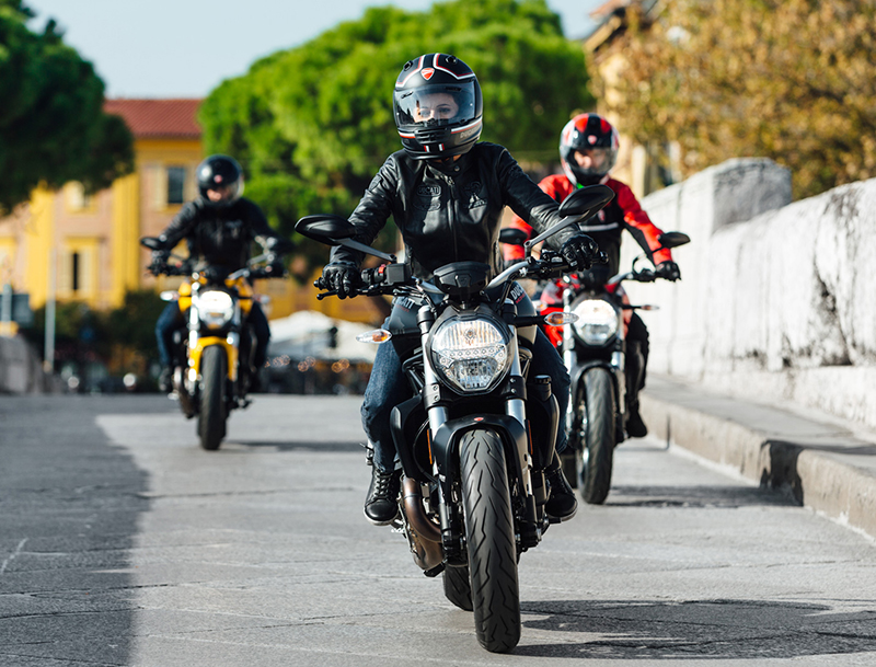 2018 new motorcycles Ducati Monster 821 Group Riding