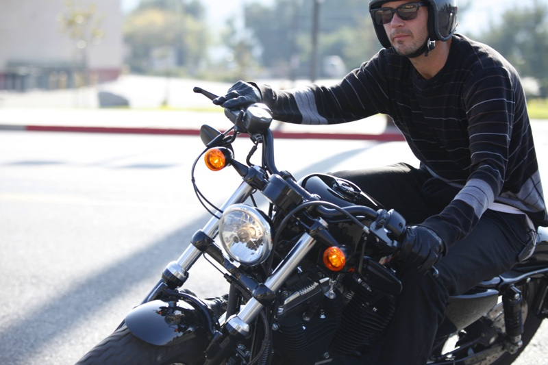 review harley davidson forty eight male rider