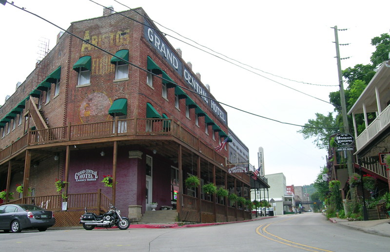 3 tips for solo motorcycle touring with no regrets eureka springs