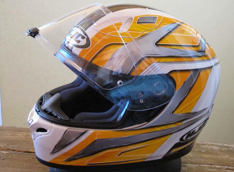Helmet review HJC FG-17 face-shield pinlock system