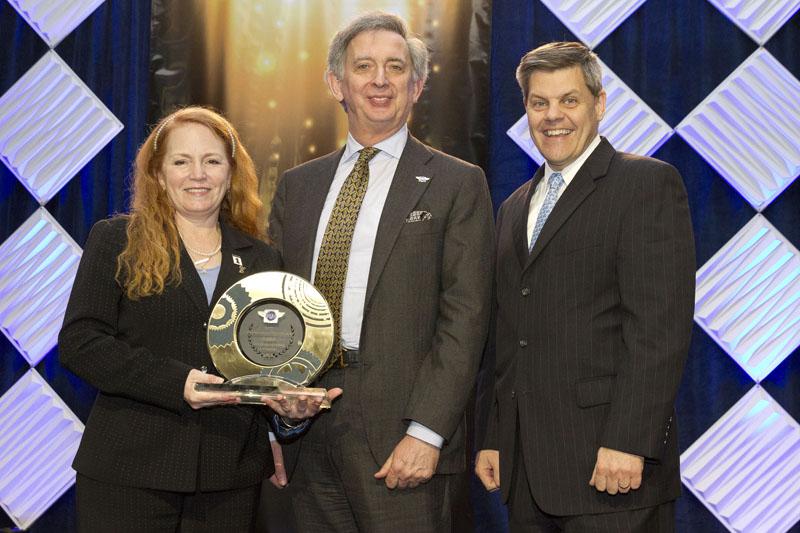 women honored at ama awards maggie mcnally-bradshaw