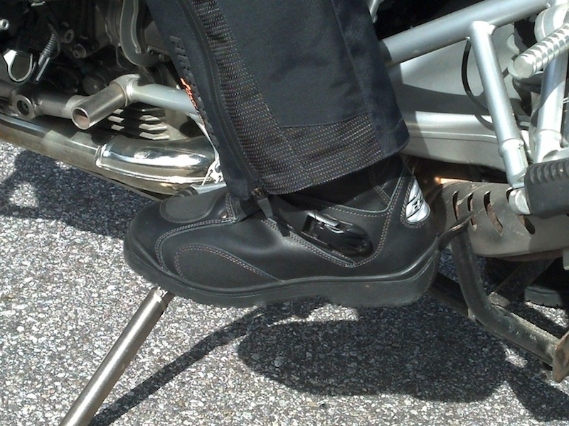 Reader review TCX Infinity GTX boot on motorcycle footpeg