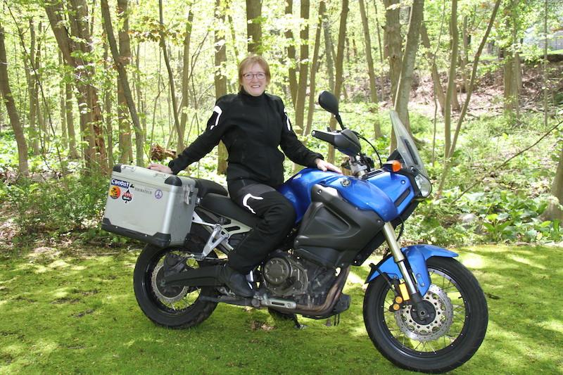 pro touring 2 motorcycle riding boots Liz Jansen Yamaha Tenere