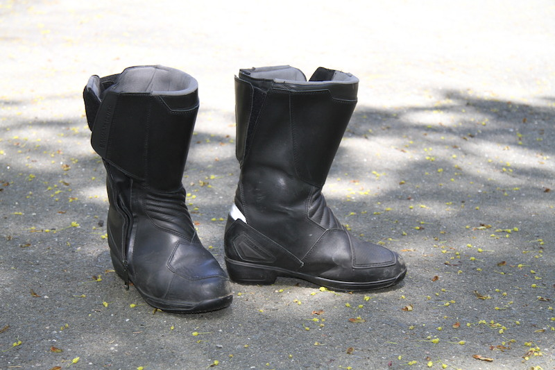 review pro touring 2 motorcycle riding boots bmw