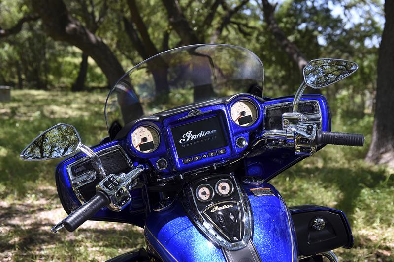 indian motorcycle unveils 2018 models roadmaster elite dash