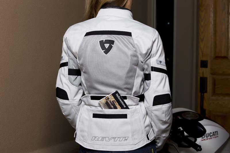 Review REVIT! Levante Jacket for Women Riders back