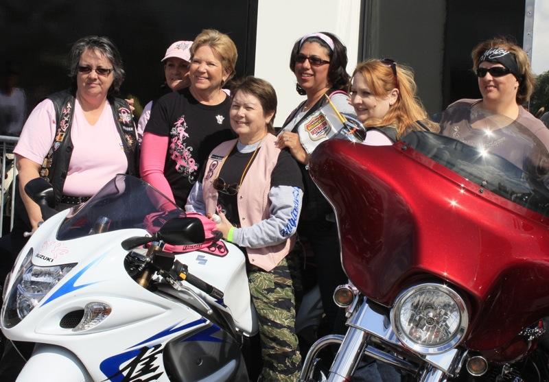 women sportbike riders