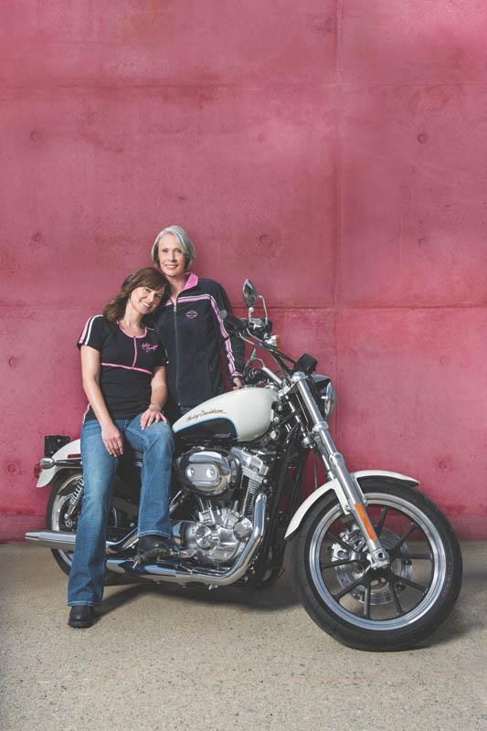 Review Harley-Davidson Pink Label Jacket, Chaps, Gloves T-shirt