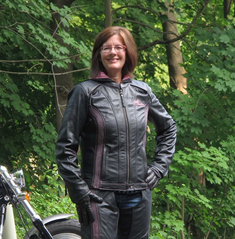 Review Harley-Davidson Pink Label Jacket, Chaps, Gloves Pink Accents