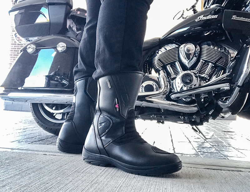 how to shop for motorcycle boots touring sidi gavia