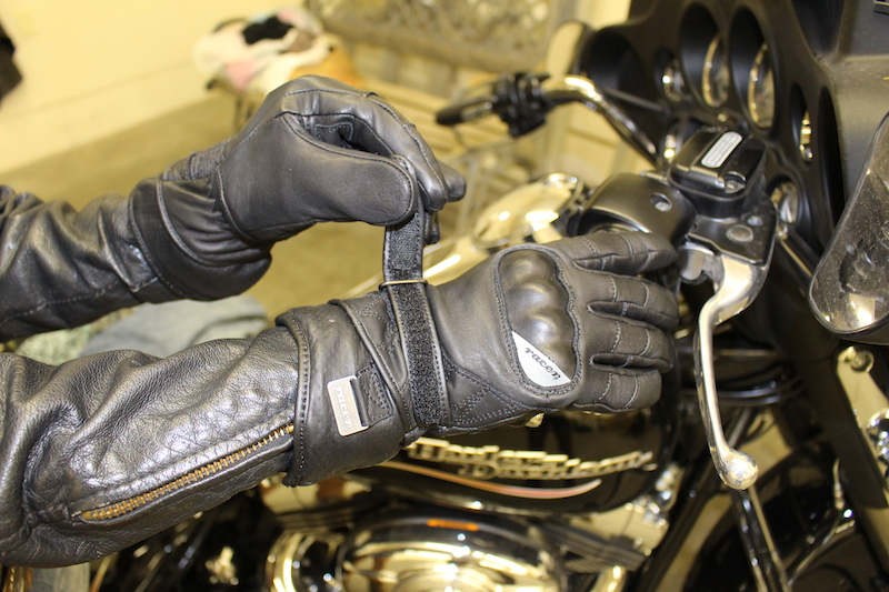 Waterproof Cool Weather Riding Gloves velcro
