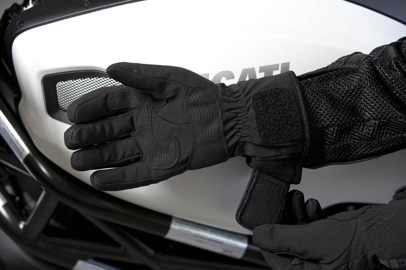 Cool Weather Motorcycle Gloves Wrist Closure