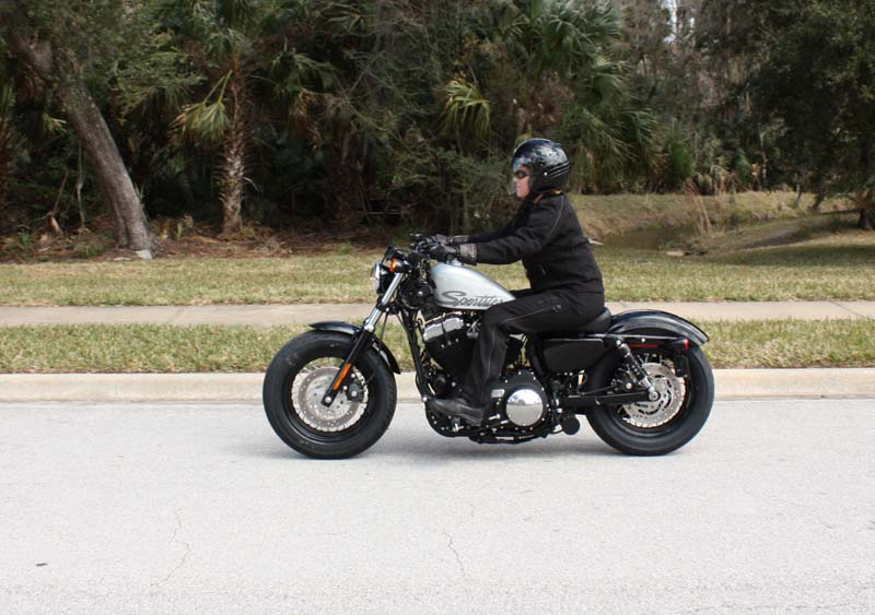 review harley davidson forty eight woman rider
