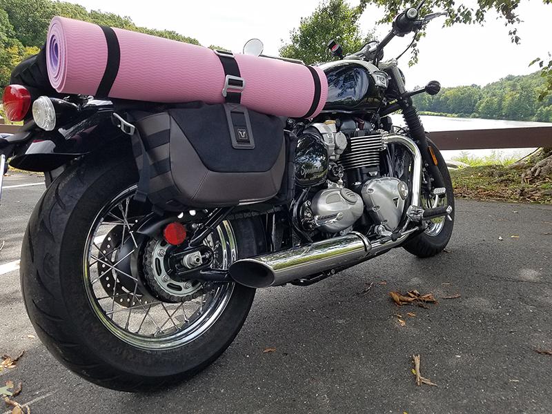 reader review sw-motech legend gear saddlebags yoga mat bungees