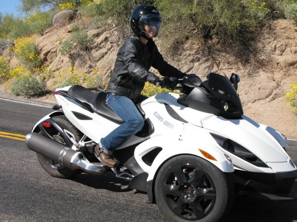 Review Can-Am Spyder RS-S