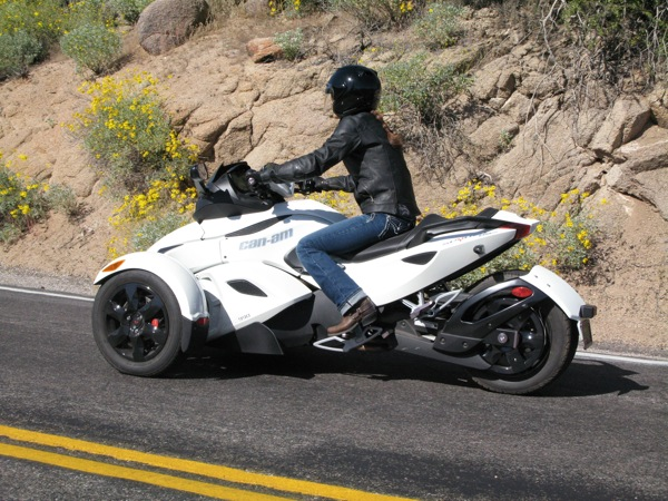 Review Can-Am Spyder RS-S Rear