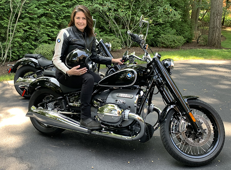 new motorcycle review 2021 BMW R 18 first edition Trudy Hardy Motorrad