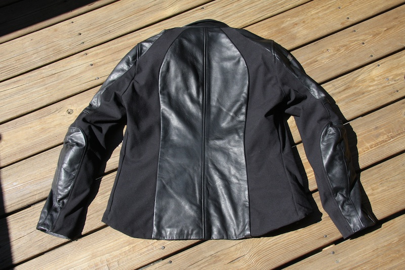review alpinestars stella vika jacket back