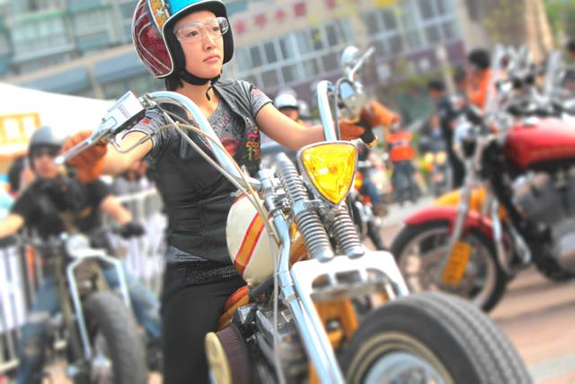 women lead the way in chinas motorcycle industry