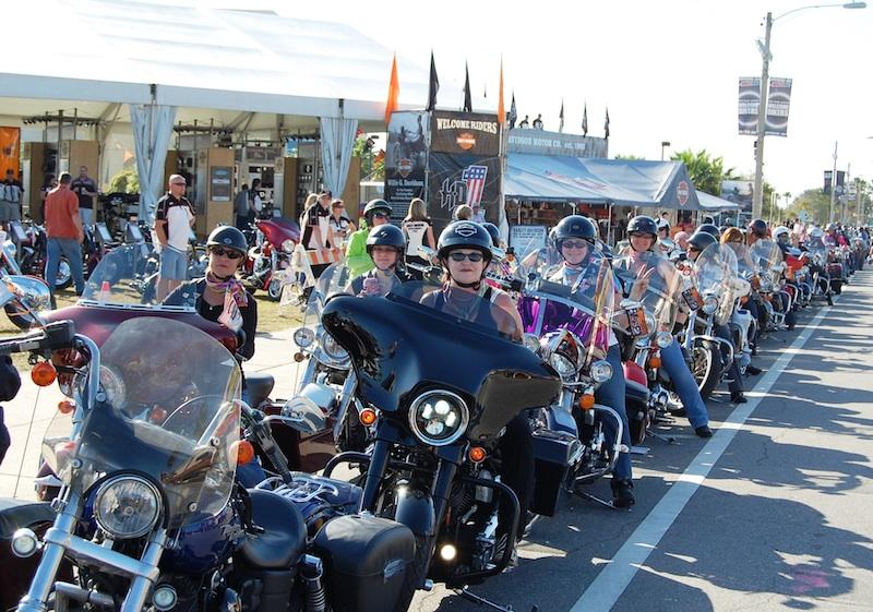 female leaders motorcycle industry women riders
