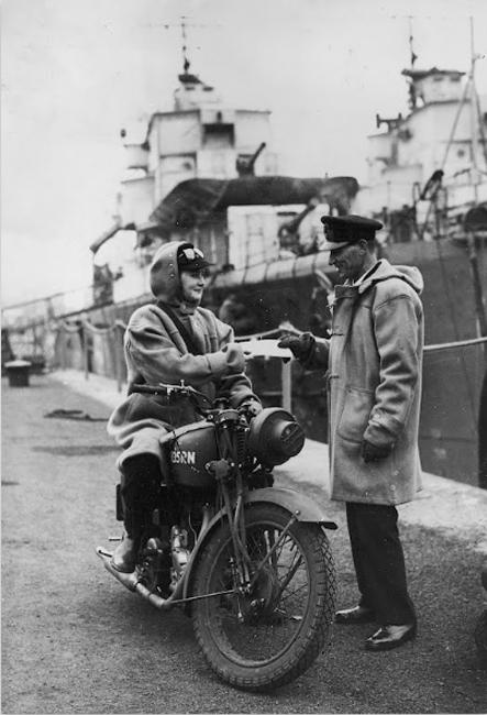 Pioneers Female Dispatch Riders of World War II
