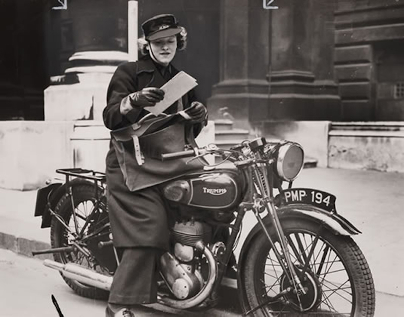 Pioneers The Female Dispatch Riders of World War II motorcycle message