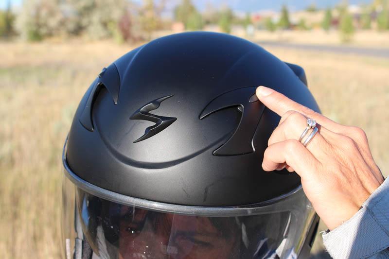 helmet review scorpion exo ct220 front vents