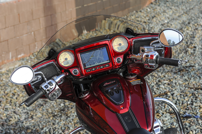 review 2017 indian motorcycle chieftan limited elite dash