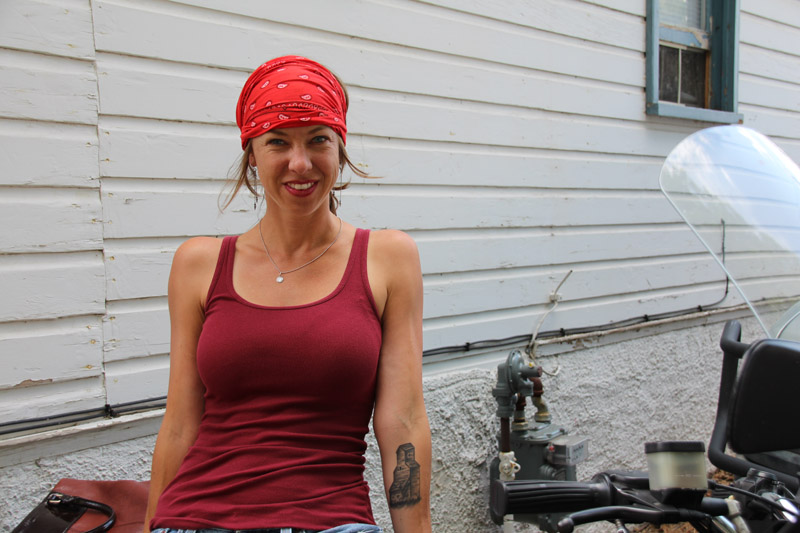 review stylish headwraps that stay on your head red bandana