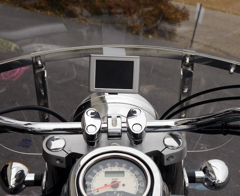 Leader Motorcycle Accessories windshield mount
