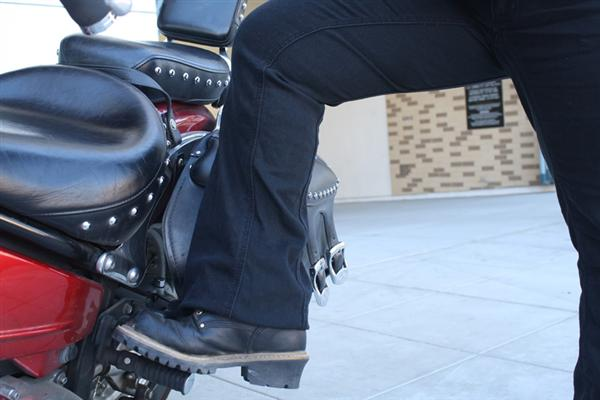 review gravitate jeans designed for motorcycle riders and passengers comfort panel