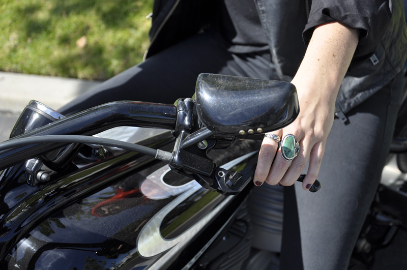 adjustable brake and clutch levers for small and big hands woman