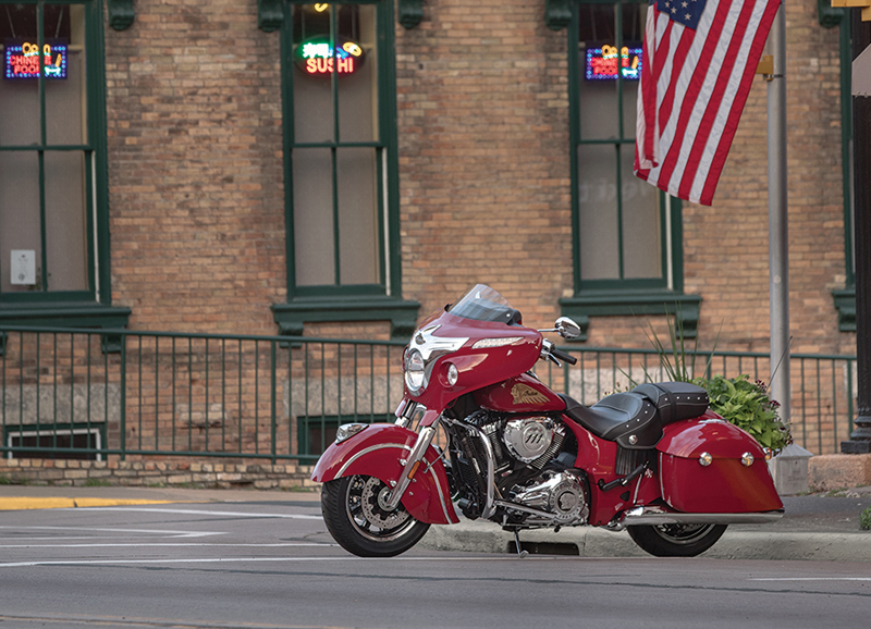 indian motorcycle unveils 2018 models chieftain classic