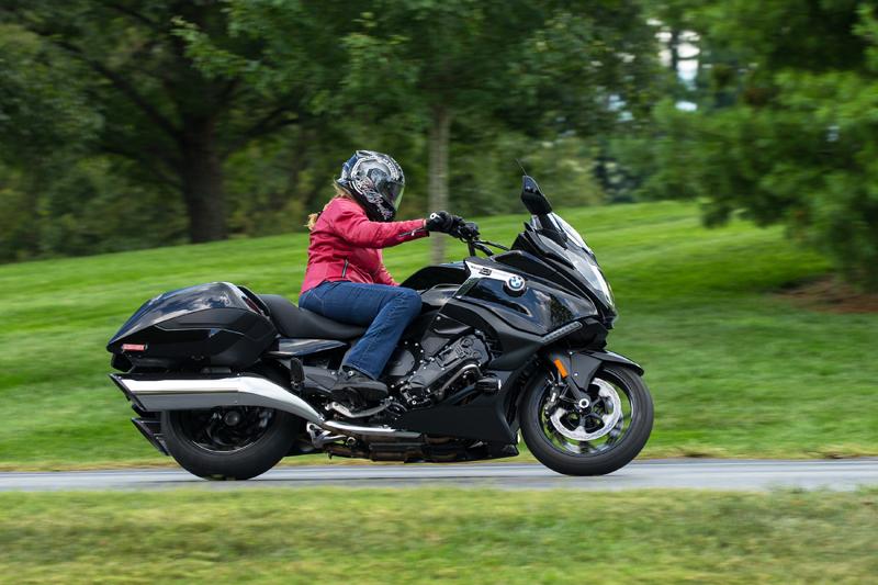 2018 new motorcycles BMW K1600B Black Cornering