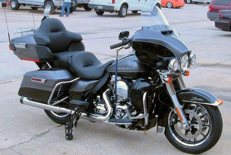 retractable wheels harley davidson ultra limited