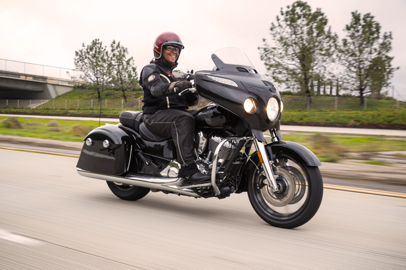 review 2017 indian motorcycle chieftain limited black